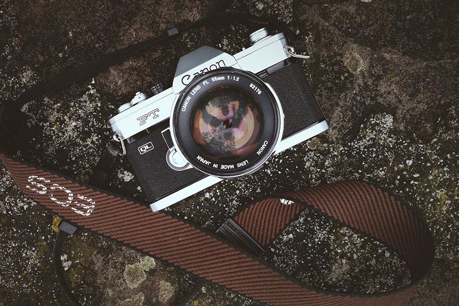 กล้องถ่ายภาพเลนส์